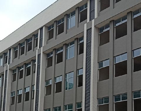 楼上楼门窗-江门里仁小学工程门窗项目