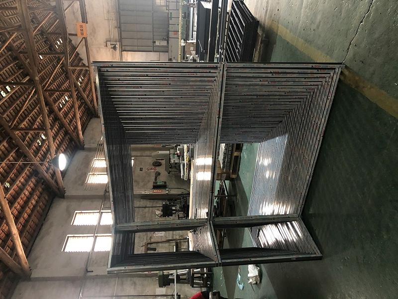 你还在购买看起来没问题但不实用的铝木复合门窗吗