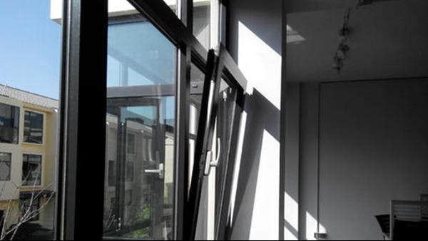 都2020年了,你还在与高端门窗谈价格,和低端门窗谈质量?