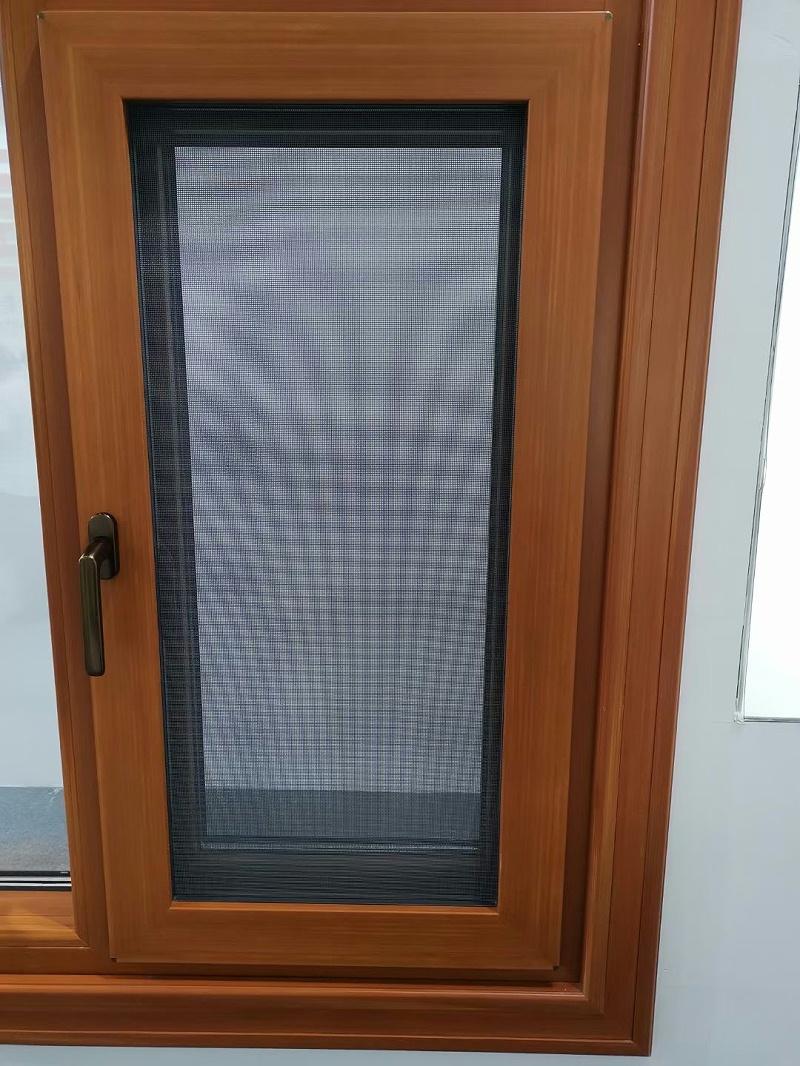 铝合金门窗怎么选?什么样的更好用?我家换了三次门窗,可以说一说感受!