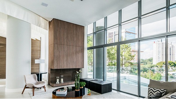 楼上楼高端门窗丨东莞长安OPPO工业园铝门窗工程项目紧张施工