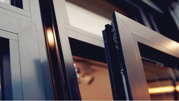 楼上楼工程门窗为什么会比普通门窗厂家性价比高?大有学问