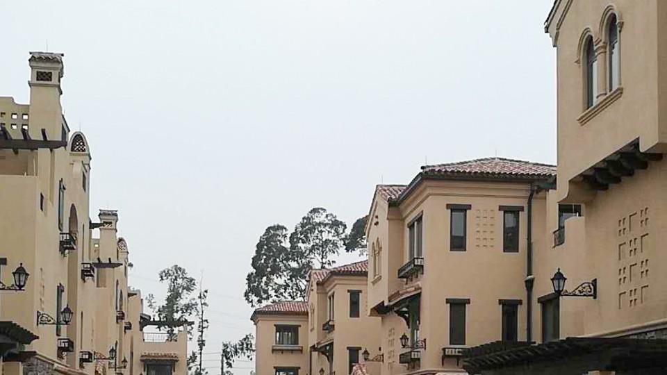 清远美林湖别墅门窗工程案例-楼上楼门窗